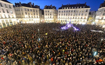 france-Charlie Hebdo vigil 400px