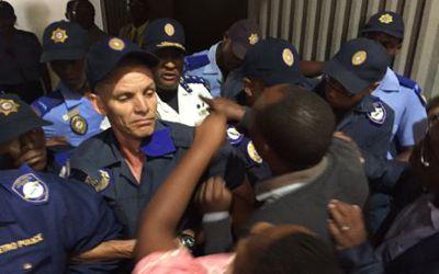 Cape Town council chaos 2 400px