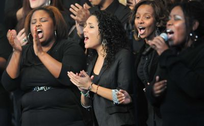 Singing 2 400px
