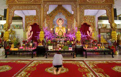 Buddhist Temple 400px