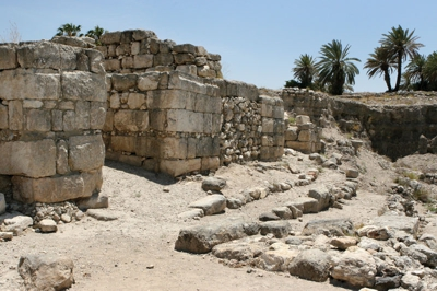 Megiddo city gates built for king Solomon