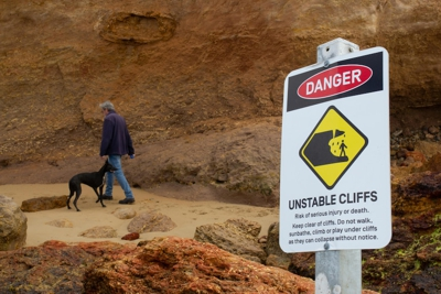 Warning to beware of unstable cliffs
